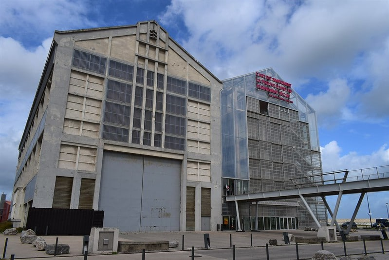 Le FRAC de Dunkerque et ses expositions d'art contemporain